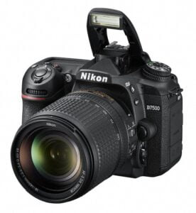 Nikon D7500 : 20.9 MP SLR With 51 Autofocus Points