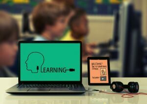 E-Learning Style: Improve Your Learning Skills With 3 Most Popular Styles